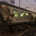 Под Миланом сошел срельсов поезд