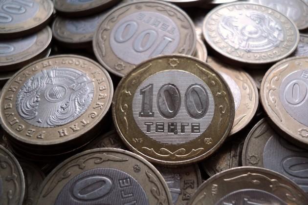 Halyk Finance: Нацбанк ежемесячно покупает ипродает валюту