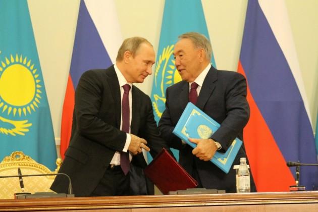 Нурсултан Назарбаев прибыл вЧелябинск