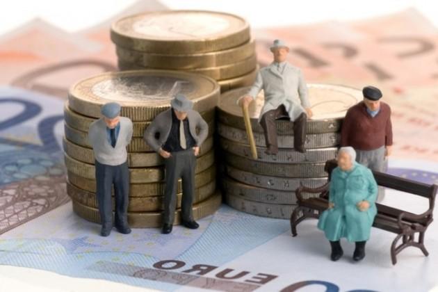Казахстанцы смогут использовать пенсионные накопления