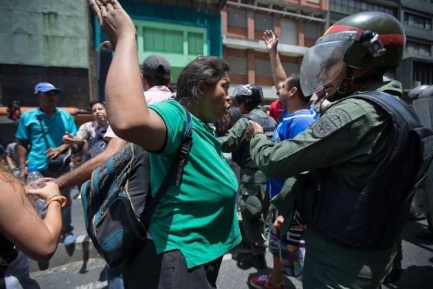 В Венесуэле собраны необходимые для отставки Мадуро подписи