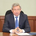 Посол Ерик Утембаев отпущен судом под залог