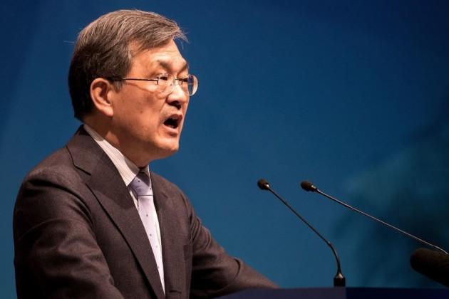 Гендиректор Samsung Electronics подал вотставку