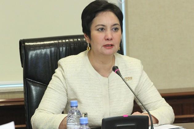 Гульшара Абдыкаликова возглавила комитет в мажилисе