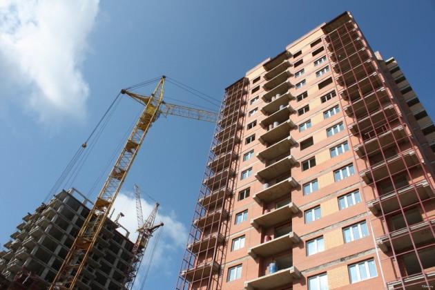 На строительство жилья направлено почти 160 млрд. тенге