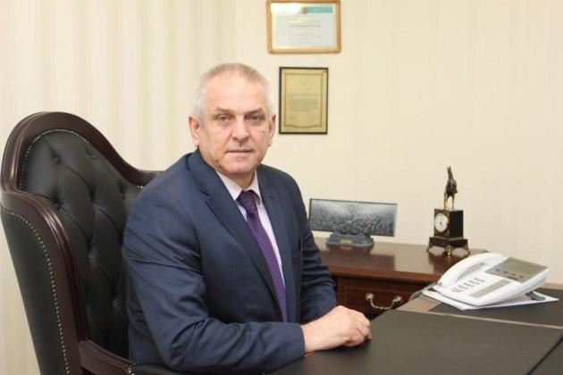 Анатолий Смолин избран судьей Верховного суда