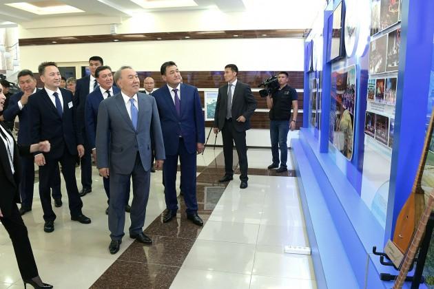 Президент предложил развивать производство стройматериалов вПавлодарской области