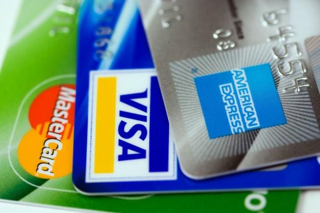 Число платежных карт в Казахстане сократилось на 2,9%