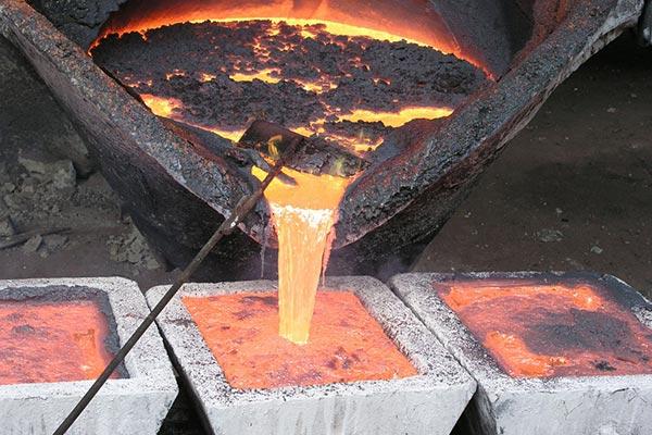 Металлурги увеличили экспорт цинка втоннах всего на4%