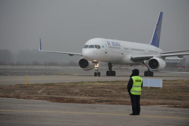 Самолет Air Astana экстренно приземлился вУральске