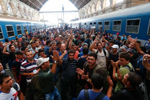 Мигранты перевели рекордную сумму денег изГермании