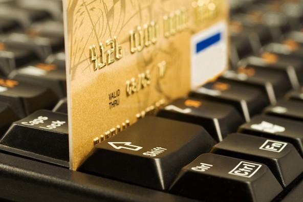 На рынке золотых карт Visa в 2 раза популярнее MasterCard