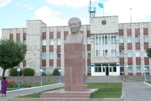 Город Сатпаев не станет поселком