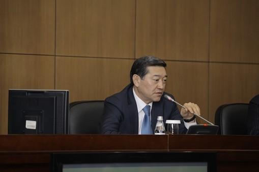 Казахстану нужен новый закон о профсоюзах