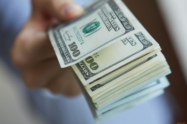 Нацвалюта не сдается: доллар не превышает 383,3 тенге