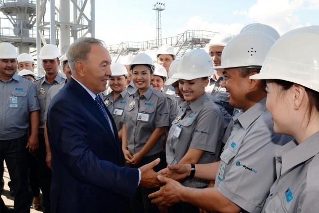 Президенту доложили одеятельности Павлодарского нефтехимзавода