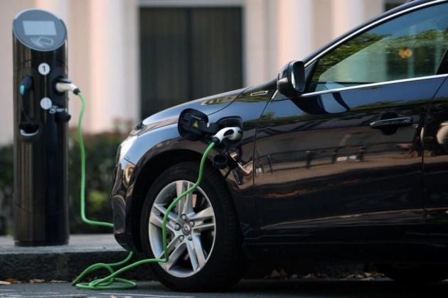 Спрос на электромобили в Казахстане сократился в 5 раз