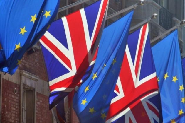 Петиция за отмену Brexit набрала около 5 млн подписей