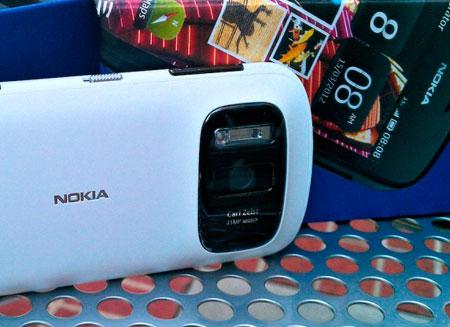 Nokia представит винфон с суперкамерой