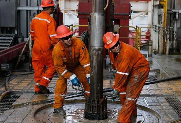 Спрос нанефть в2017году сократится на200млн баррелей всутки
