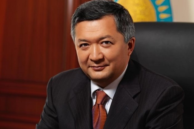 Мухамеджанов совмещает должность посла в Латвии
