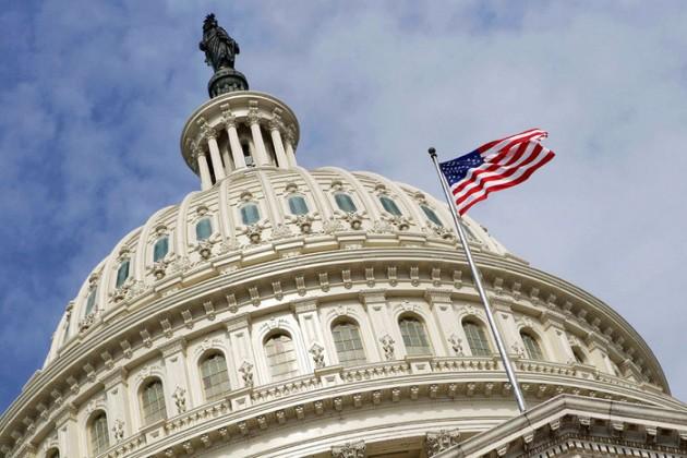 Ведомства США вновь приостановили работу