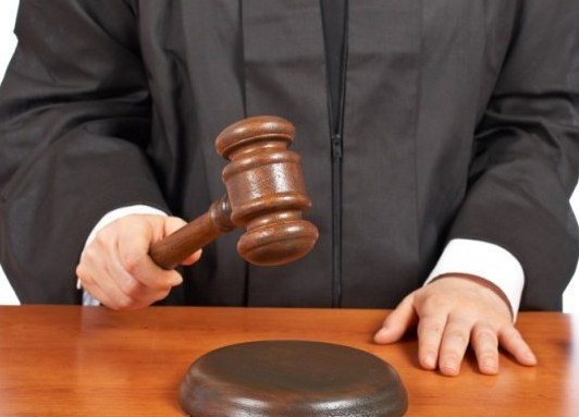 Обманутые дольщики обвиняют судью в махинациях