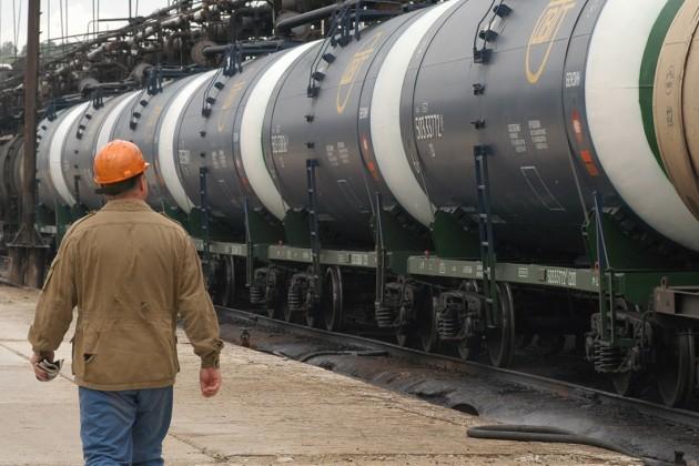 Казахстан ввел запрет на ввоз бензина из России на 3 месяца