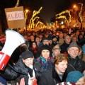 Венгры вышли на марш против налога на интернет