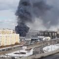 ВПетербурге горит автосалон
