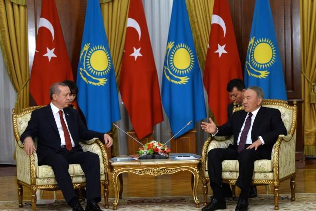 Нурсултан Назарбаев провел телефонный разговор с Реджепом Эрдоганом