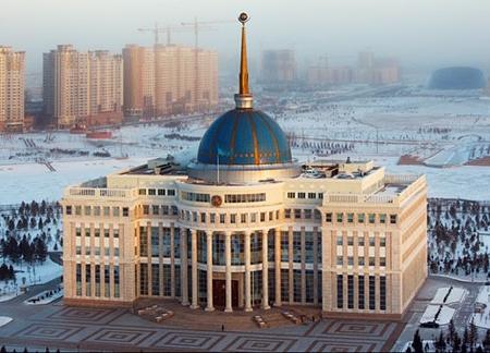 Нурсултан Назарбаев принял министра финансов