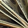 В январе доллар укрепился на 1%
