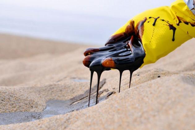 Нефть может упасть до $25 за баррель к концу года