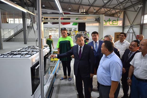 Узбекские инвесторы запустили вЮКО цех посборке газовых плит