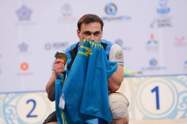 Илья Ильин установил новые рекорды