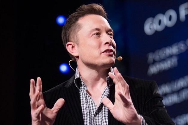 Илон Маск высказался о «плавающем» в Алматы Tesla