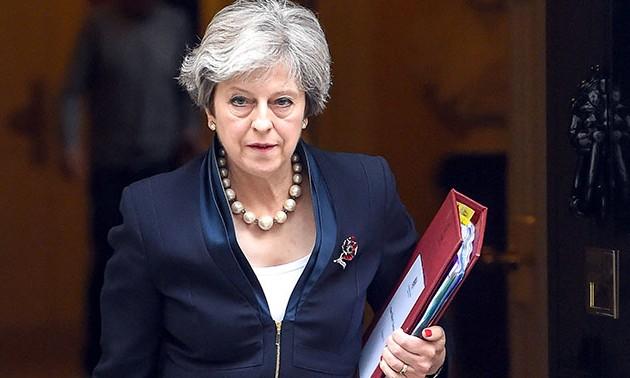 Тереза Мэй назвала крайний срок для начала Brexit