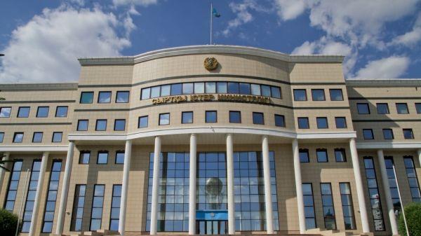Казахстан осудил запуск баллистической ракеты КНДР