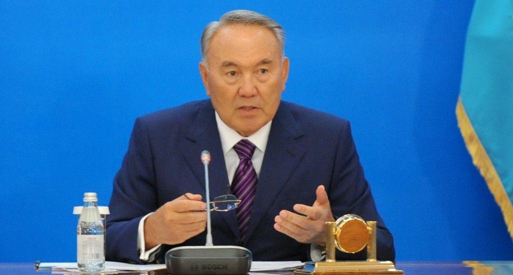 Казахстан неоткажется отрусского языка икириллицы