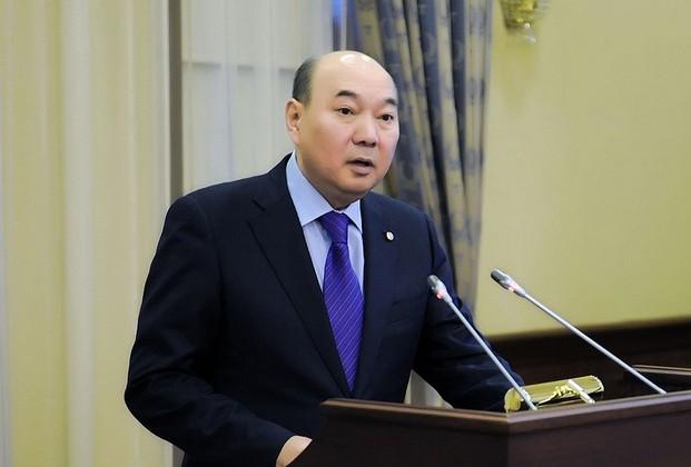 Министр Жумагулов освобожден от должности