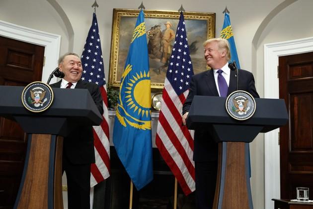Нурсултана Назарбаева поздравили главы США иТурции