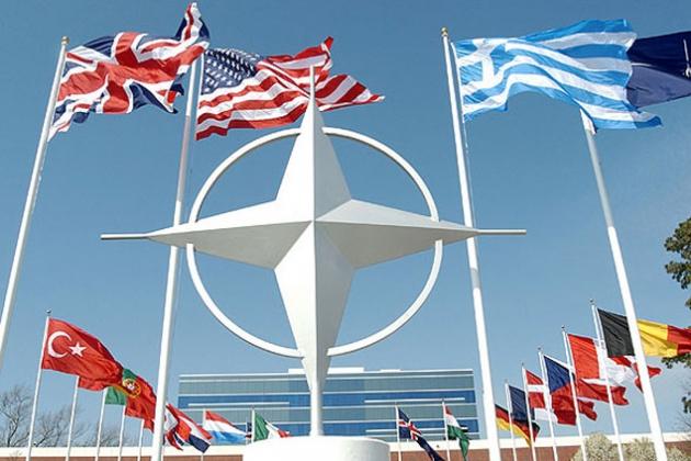 НАТО планирует перебросить в Восточную Европу 4000 военных