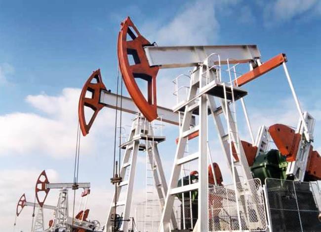 В Катаре нефтедобывающие страны обсудят без Ирана заморозку нефтедобычи