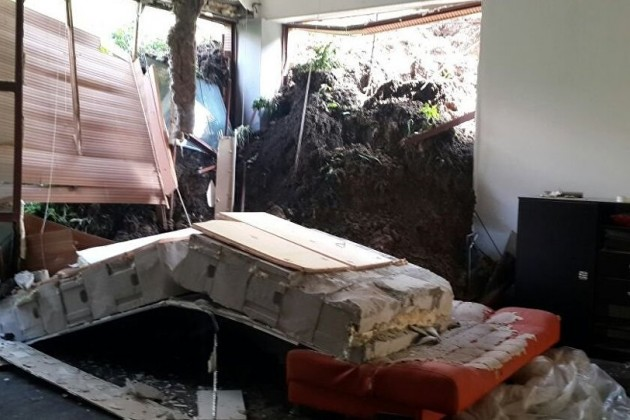 Оползень повредил жилой дом в Алматы