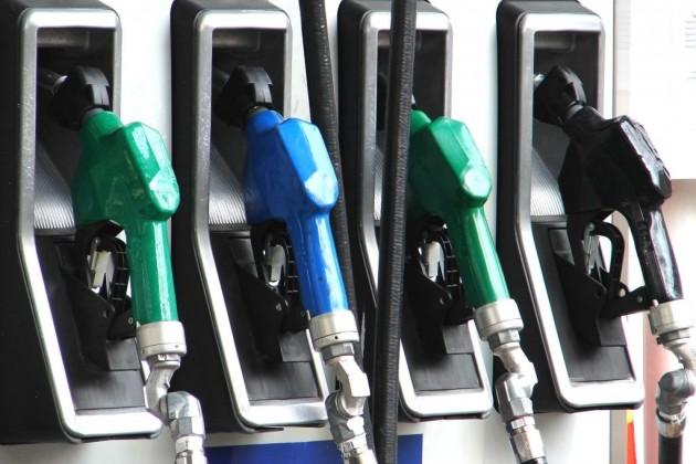 Казахстан может столкнуться с дефицитом качественного бензина