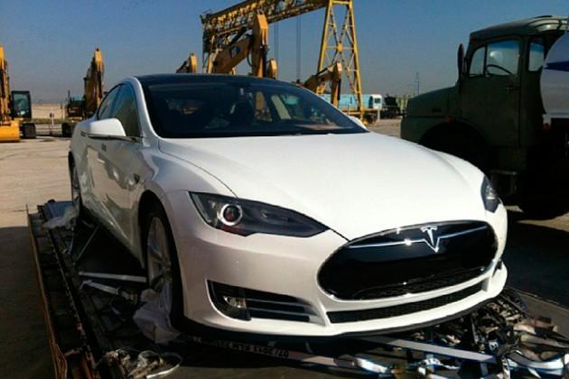 Ракишев может привезти Tesla