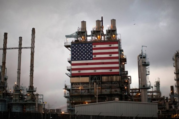 Запасы нефти в США неожиданно снизились