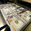 МВФ предупреждает о рисках сильного доллара