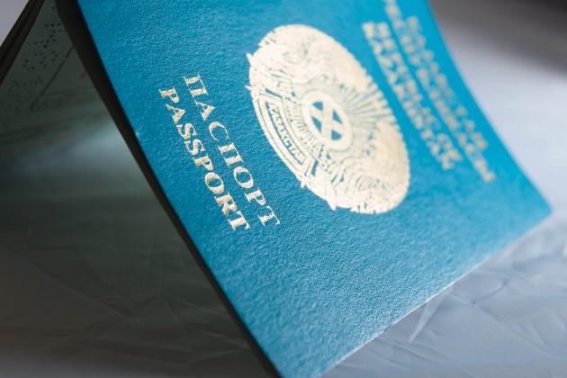 Для выезда заграницу детям понадобятся отдельные паспорта